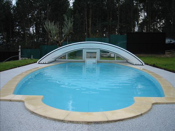 Ventajas de las cubiertas para piscinas y otros consejos for Cubiertas para piscinas