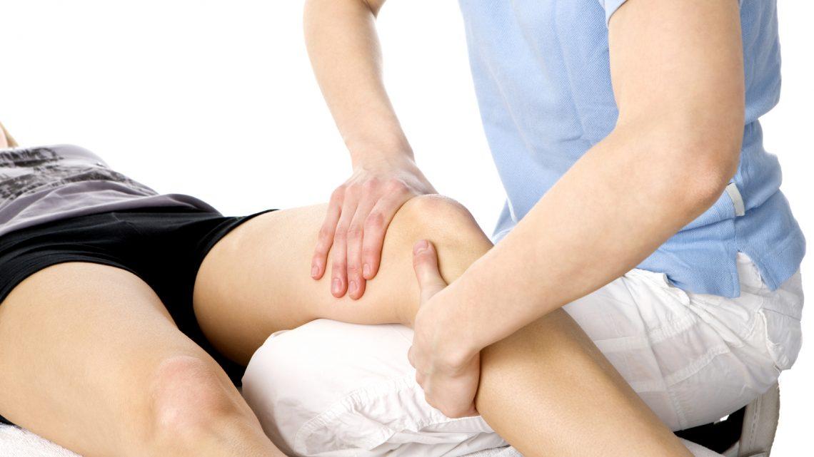 Ejercicios de rehabilitación de artroscopia de rodilla