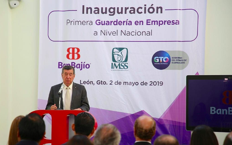Salvador Oñate inaugura junto a Banco del Bajío guardería empresarial en Guanajuato